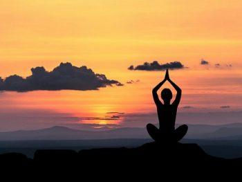 Los Mantras más poderosos para atraer dinero, prosperidad y felicidad que cambiarán tu vida