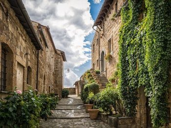 Aldeas Italianas te pagan $27,000 por irte a vivir ahí